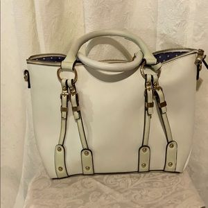 Spacious PU two toned mint green satchel